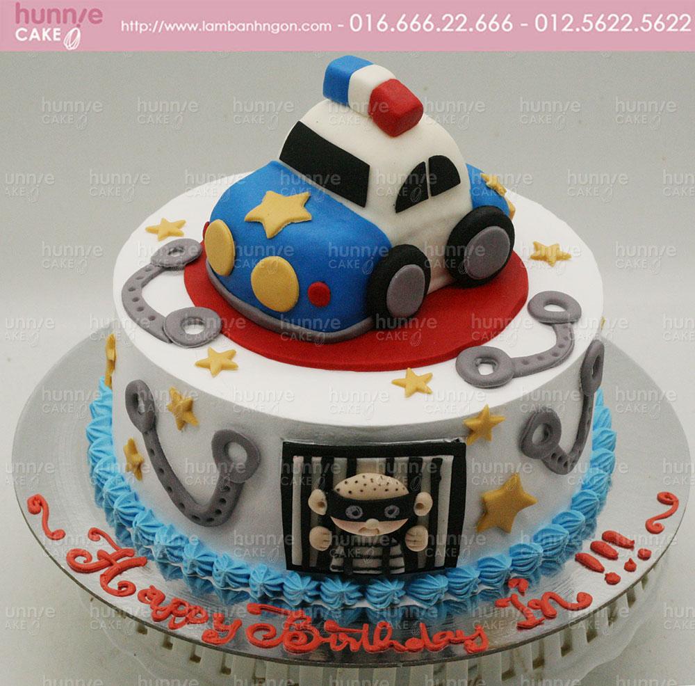 Bánh gato sinh nhật 3d chủ đề xe ô tô cảnh sát săn bắt cướp 3946